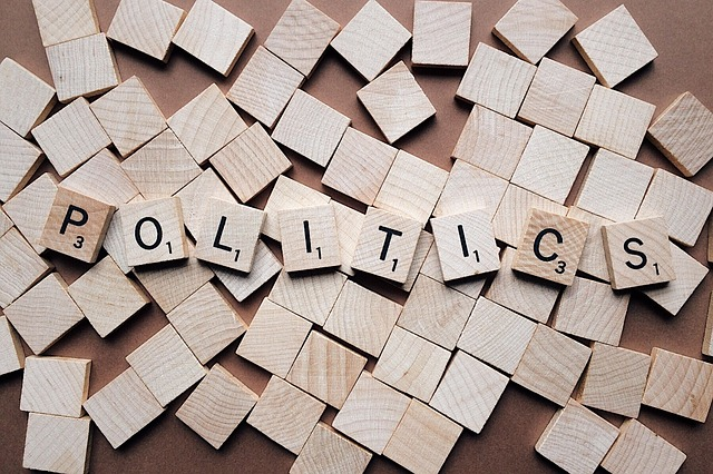 4 Steps to Talk Politics & Maintain Relationships